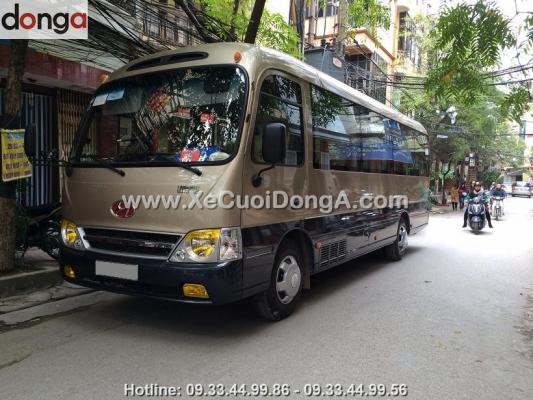 cho-thue-xe-29-cho-hyundai-county-xe-cuoi-dong-a-2