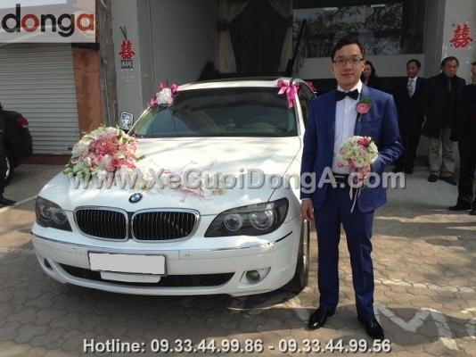 cho-thue-xe-cuoi-bmw-745li-trang-xe-cuoi-dong-a-4