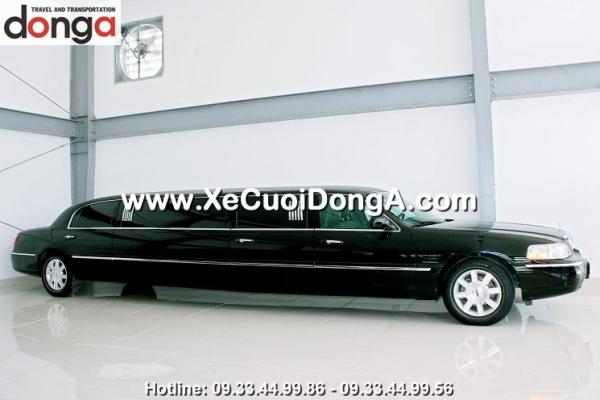 cho-thue-xe-cuoi-limousine-lincoln-den-tai-ha-noi